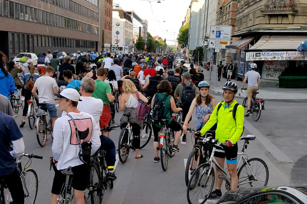 Critical Mass 1.6.18 Stuttgart